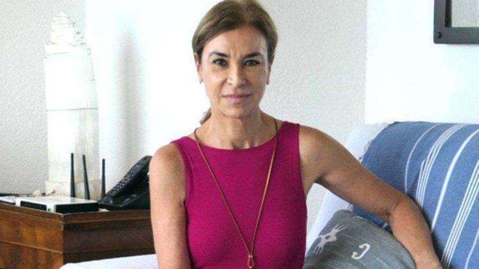 La escritora Carmen Posadas desembarca hoy en Ceuta para ...