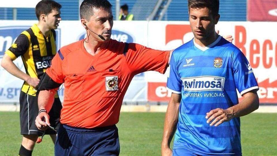 Arias Madrid será el cuarto árbitro en el Barça- Deportivo