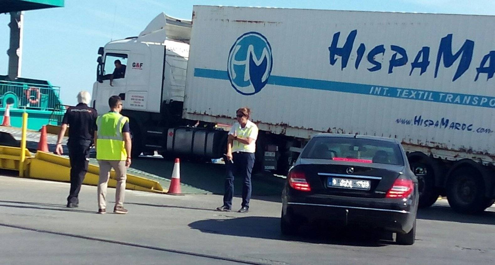 Este es el camión en el que se había escondido el migrante (C.A.)