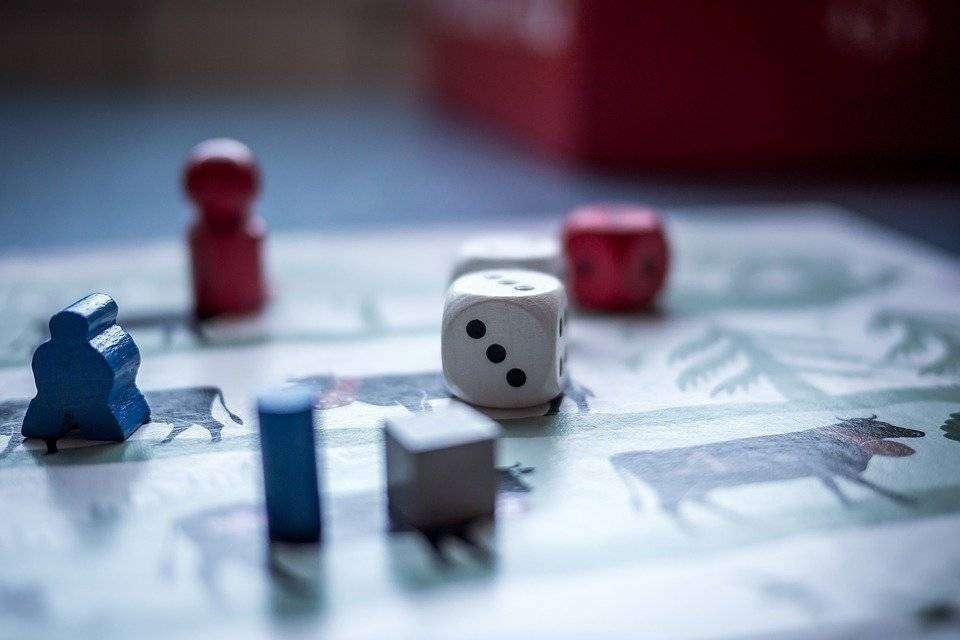 Juegos De Mesa Son Aptos Para Jugar En Familia